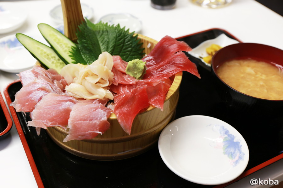 14 マグロ丼