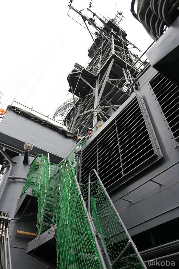 36 観艦式2015 「艦名 とね」階段