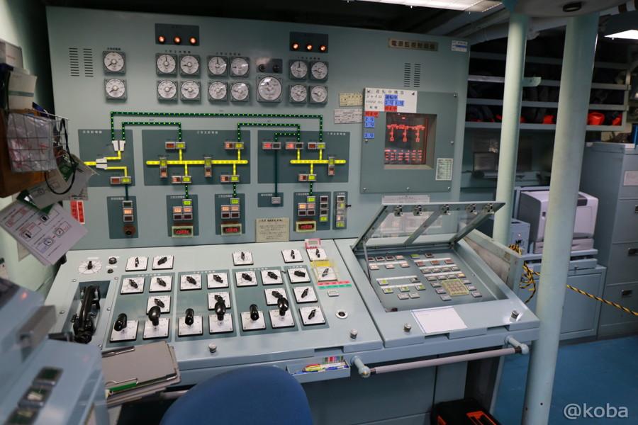 19 観艦式2015 操縦室
