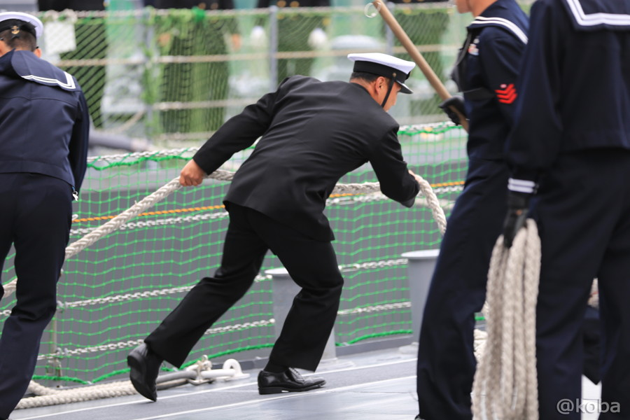 21 観艦式2015 「艦名 とね」出港準備