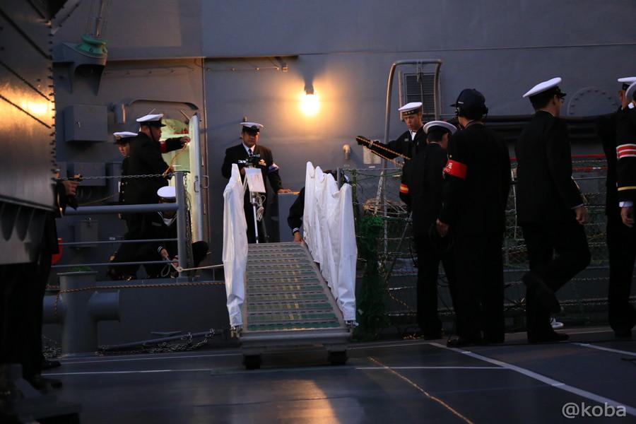 21 観艦式 下船の準備