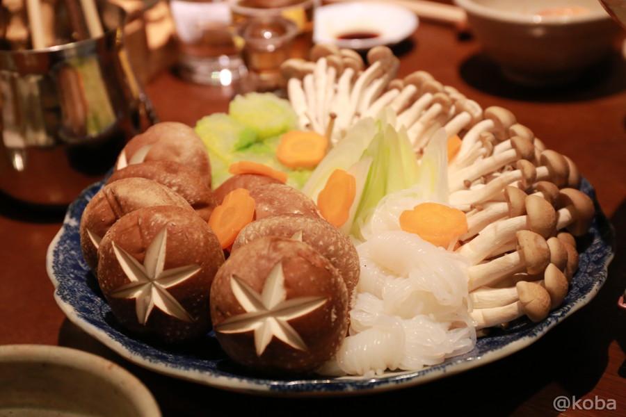 15椎茸・しめじ・人参・ネギ・白菜・しらたき