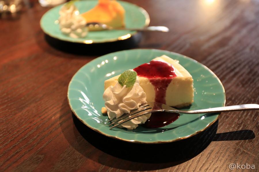 06レアチーズケーキ 400円