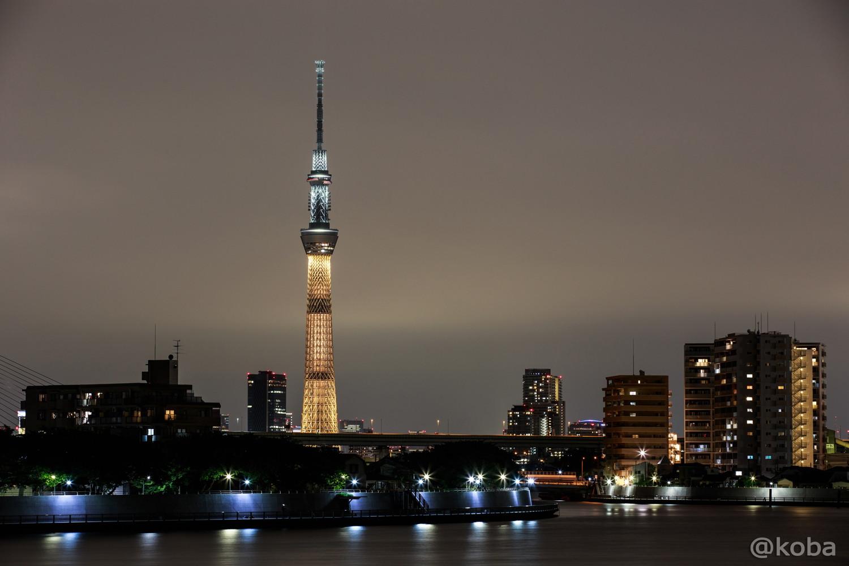 01東京スカイツリー「リオ五輪 金メダルカラー」