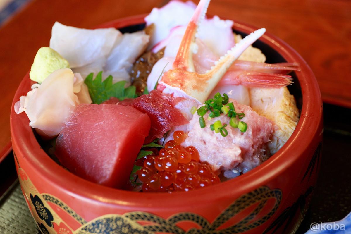 ちらかし丼 2,000円 千葉県 銚子市 常陸(ひたち) 魚河岸料理│こばフォトブログ