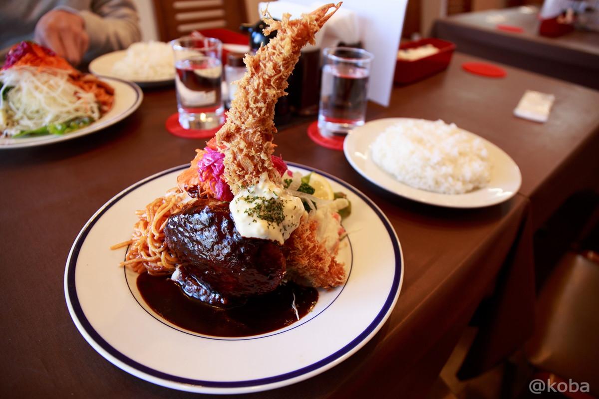 ハンバーグステーキとエビフライの盛り合わせ 1,200円(+税) (コーンスープ,ライス付き) 立石 洋食工房ヒロ│こばフォトブログ