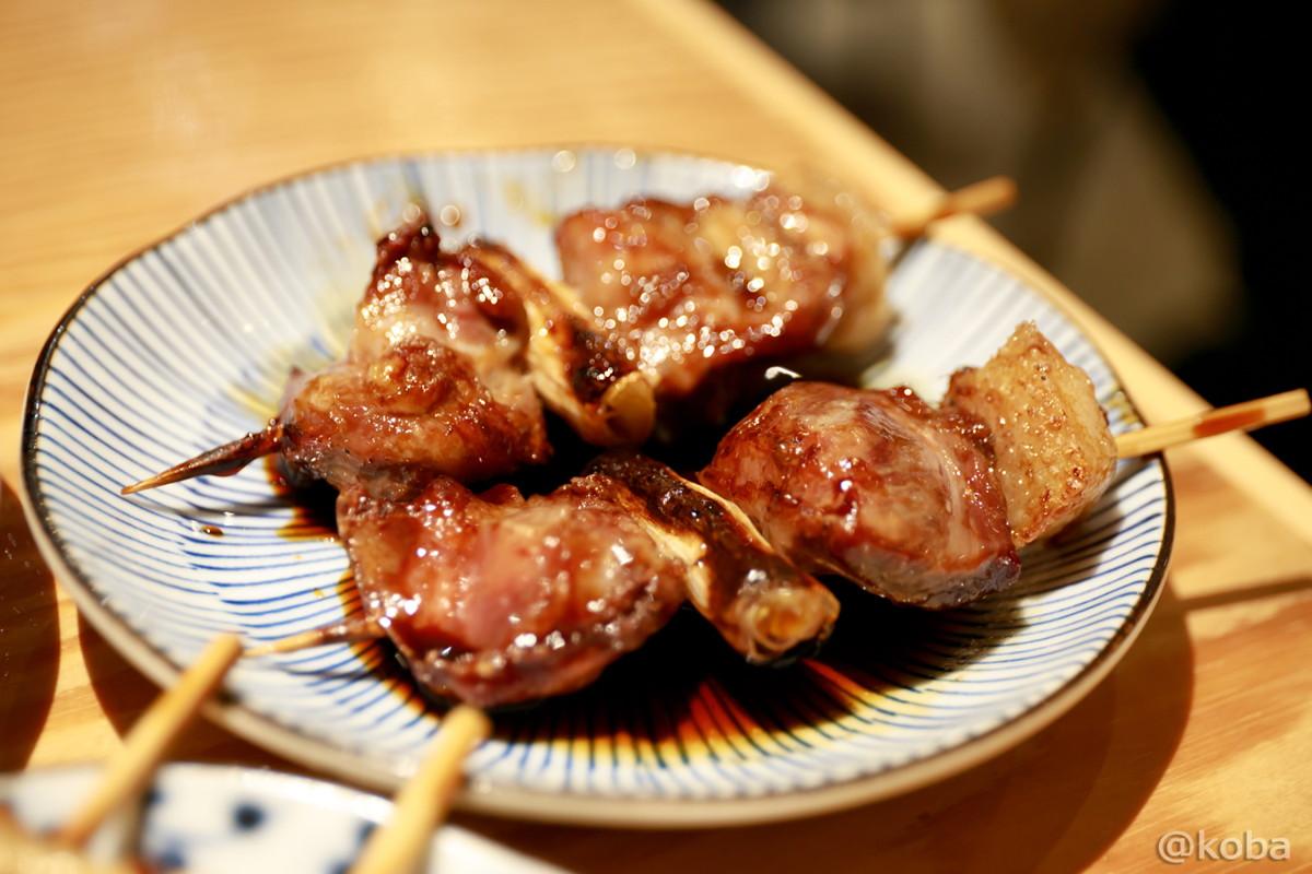 串焼き かしら(頭肉) 脂ネギ間│京成青砥 小江戸(coedo) もつ焼き