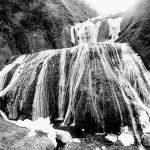 茨木「半分ほど凍っていた滝」袋田の滝 日本三大名瀑(2月の写真と動画)