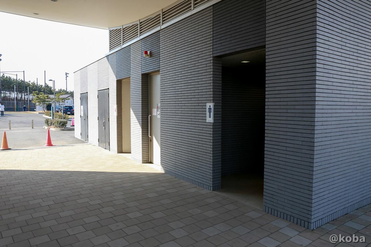 トイレ① 多機能トイレ併設公衆便所│浦安総合公園│こばフォトブログ@koba