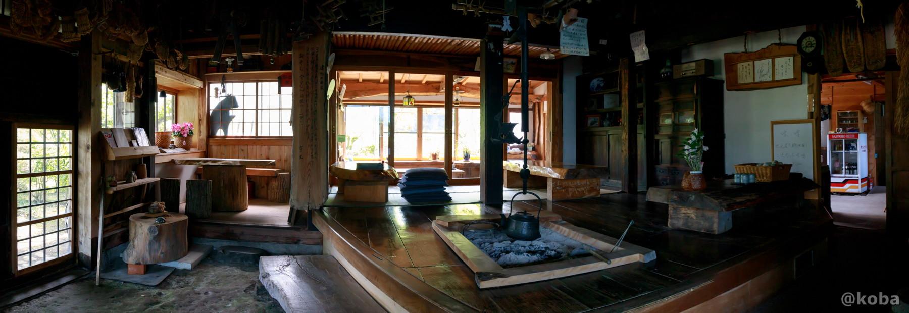 内観 江戸中期の材料を使用して建てられた歴史の深い建物です。│たくみの里 四季の家(しきのいえ)│古民家 蕎麦ランチ│群馬県│こばフォトブログ@koba