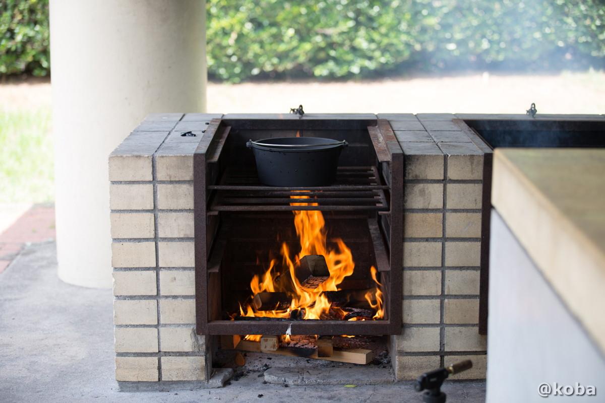 ダッチオーブンを温める 炉の使い方
