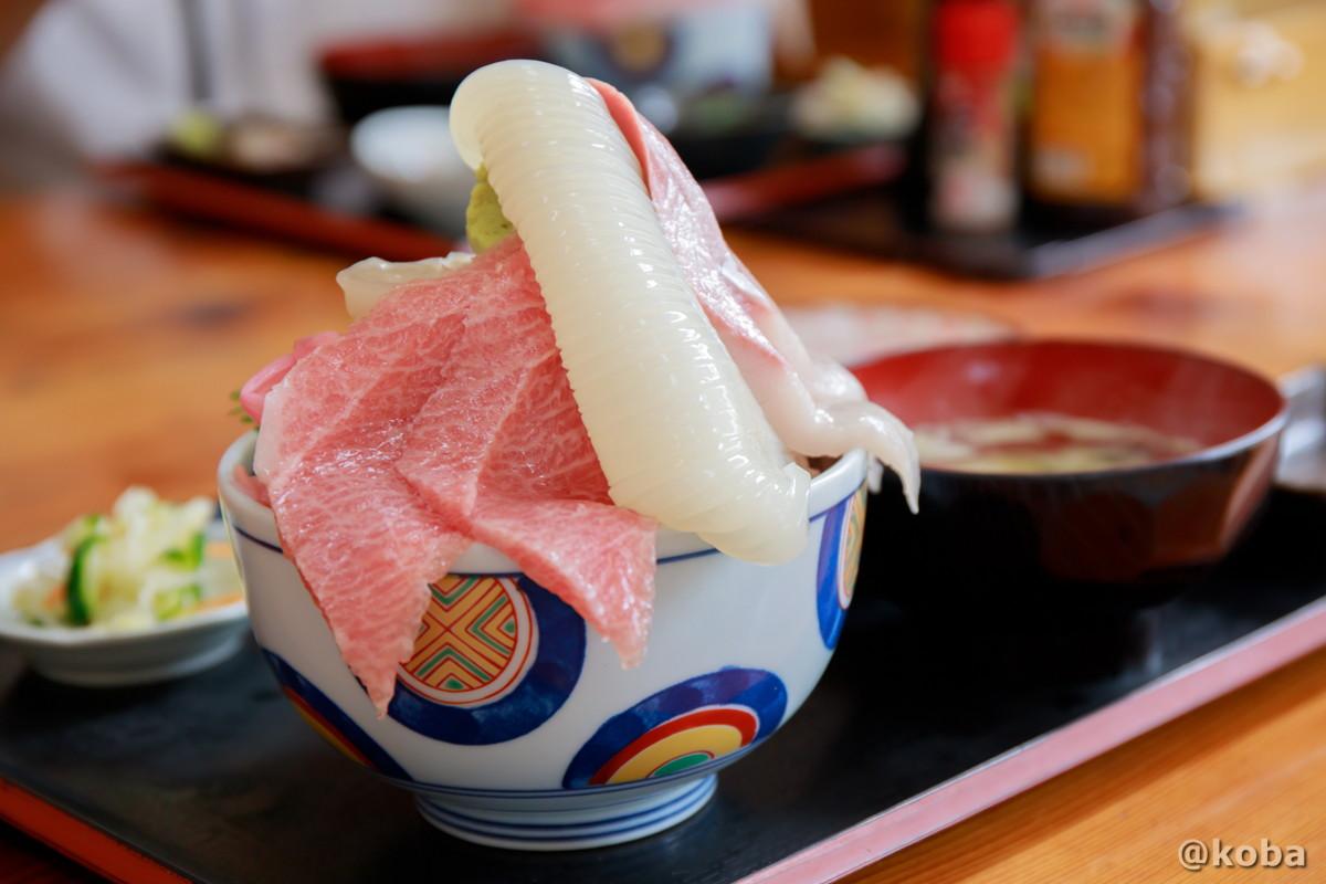 海鮮丼 大トロ入り五色丼の写真 浜めし(はまめし) 食事処 銚子 ブログ