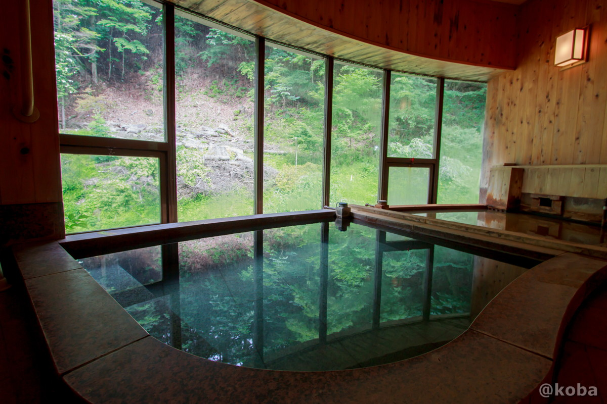 内湯 さら湯 内山峠 初谷温泉(うちやまとうげ しょやおんせん) 長野県佐久市 日本秘湯を守る会