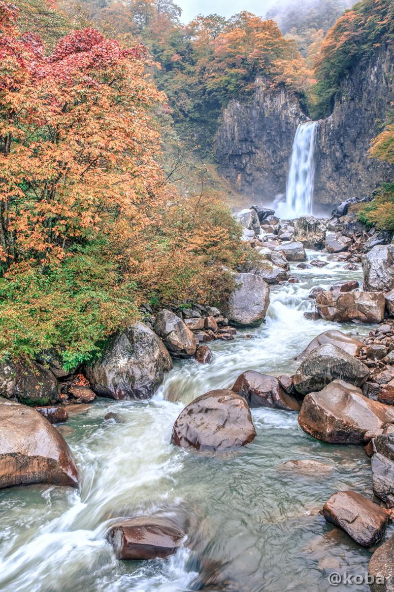HDR画像 苗名滝(なえなたき)日本の滝百選 新潟県 Naena Waterfall 01