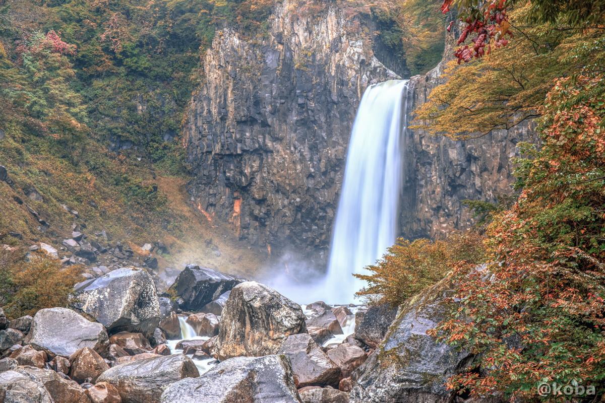 HDR画像 苗名滝(なえなたき)落差55m 新潟県 Naena Waterfall 02