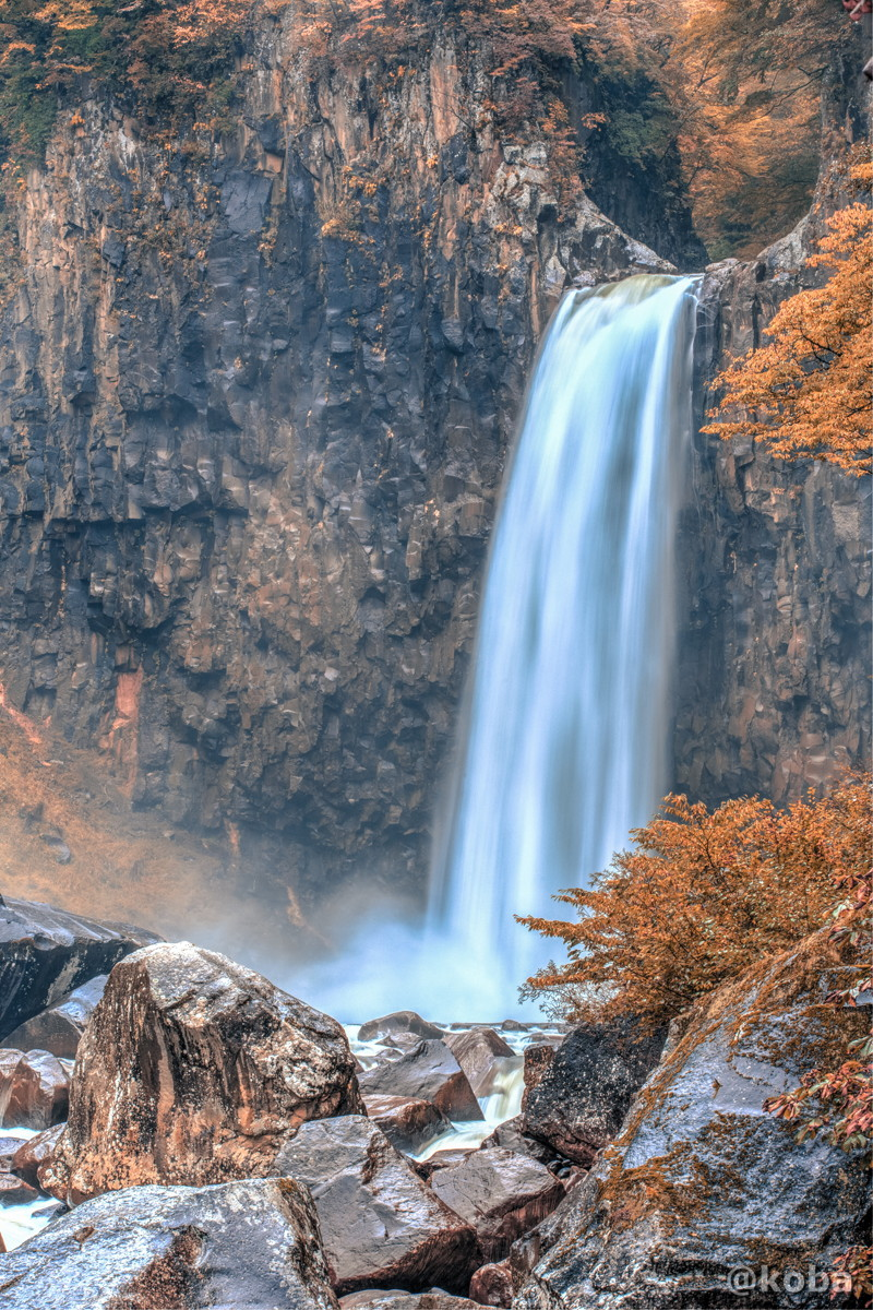 HDR画像 苗名滝(なえなたき)高さ55m 日本の滝百選 新潟県 Naena Waterfall 03