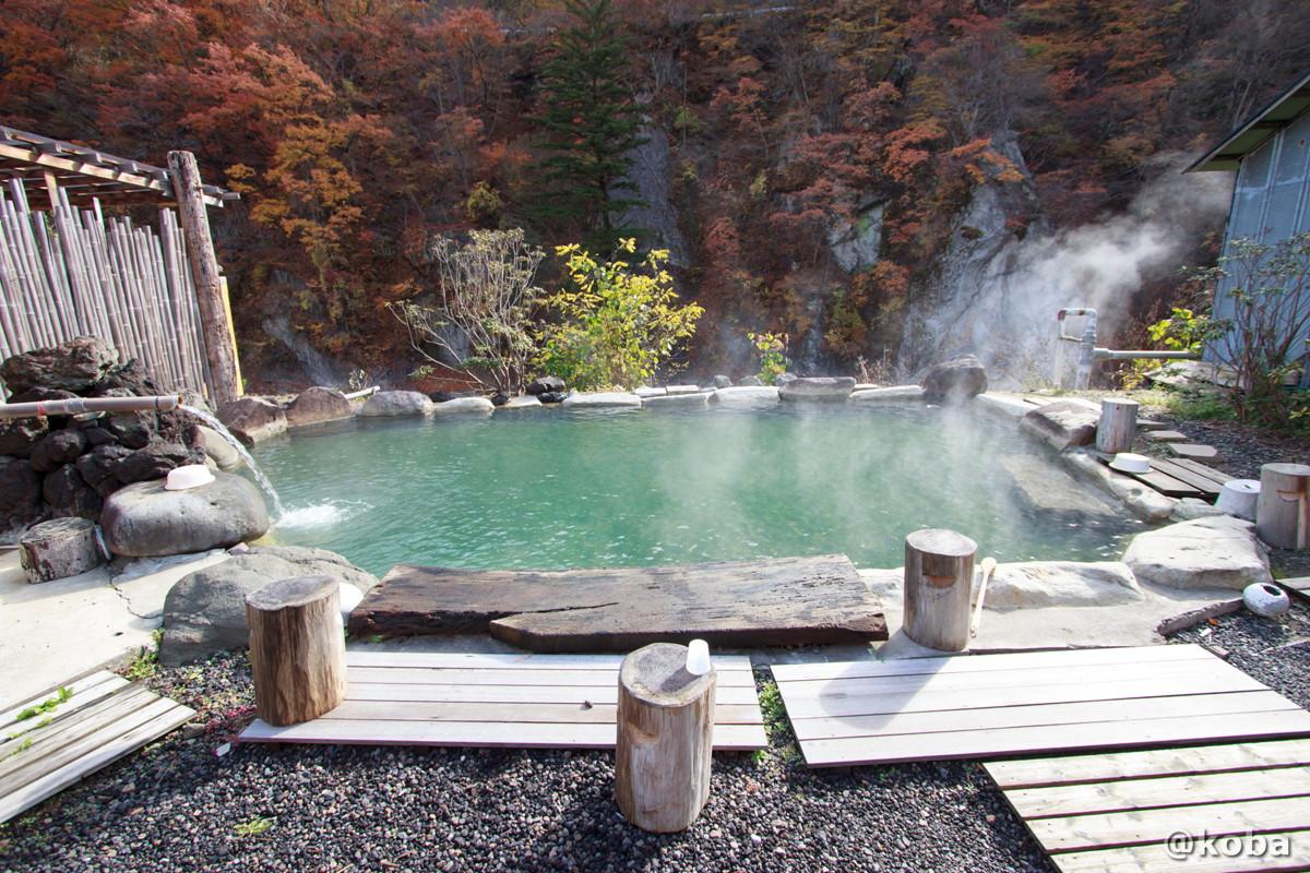 大きな露天とキレイな景色の写真│京塚温泉・しゃくなげの湯 日帰り入浴│群馬県 ブログ