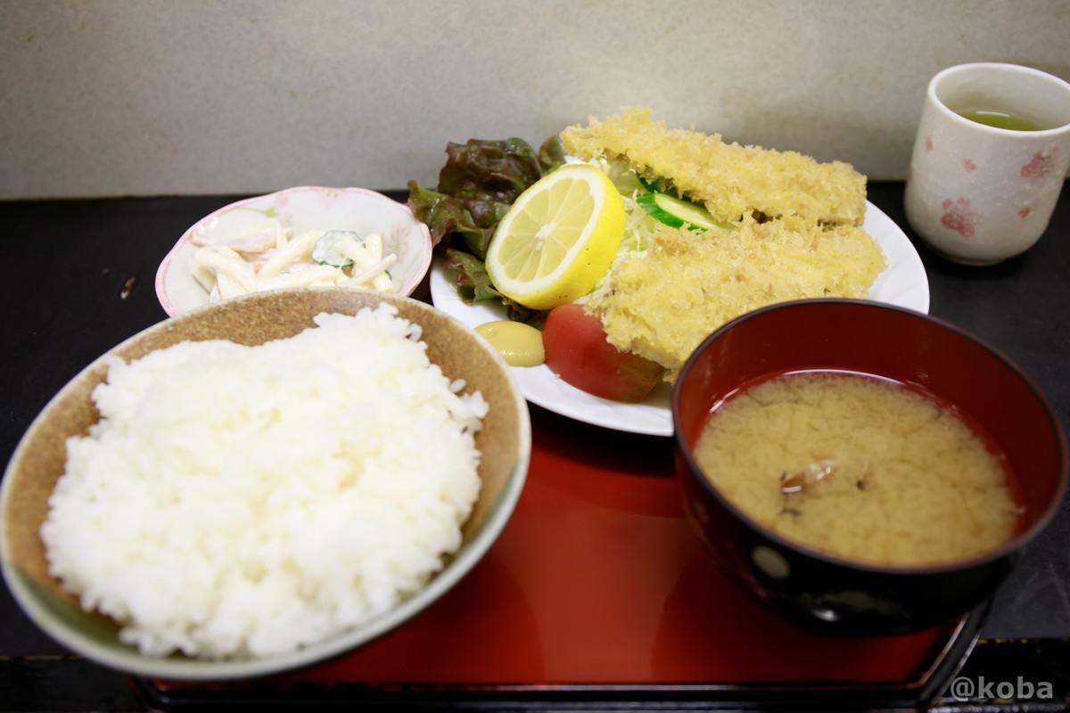 アジフライ定食 味館食堂(みたてしょくどう)