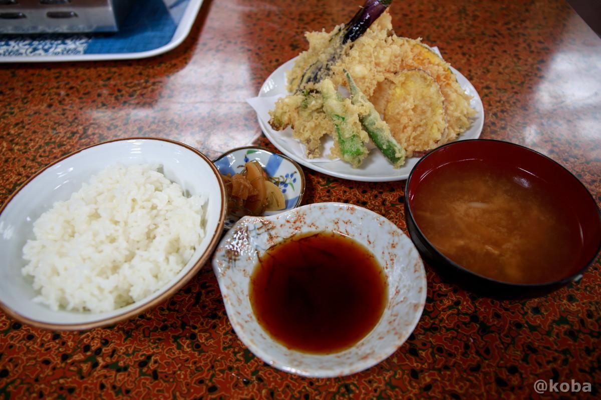 おまかせ天ぷら定食 1,100円の写真 八千代温泉 芹の湯 食事処 群馬県 下仁田町