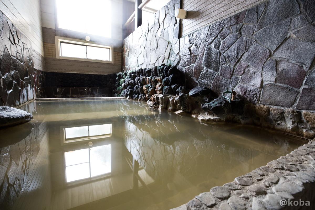 石造り浴槽の写真|八千代温泉 芹の湯|日帰り入浴|群馬県