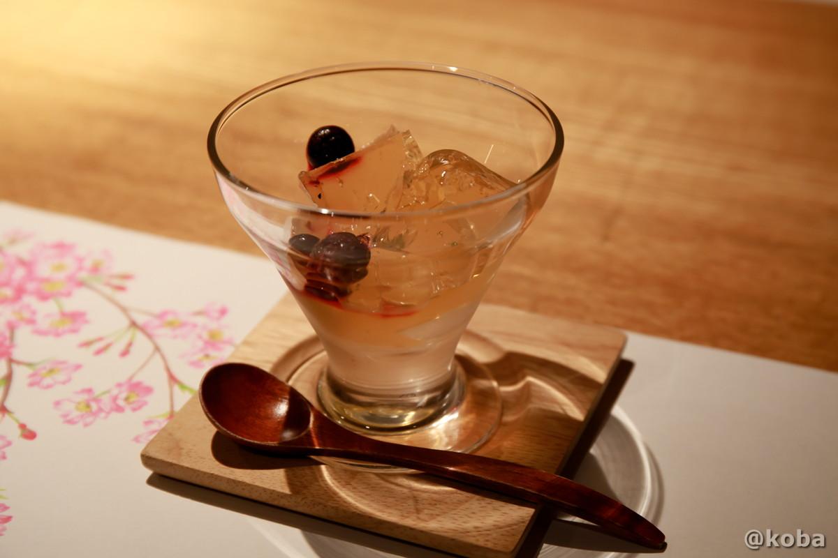 水菓子・りんごのゼリーの写真|内山峠 初谷温泉(うちやまとうげ しょやおんせん)|長野県佐久市