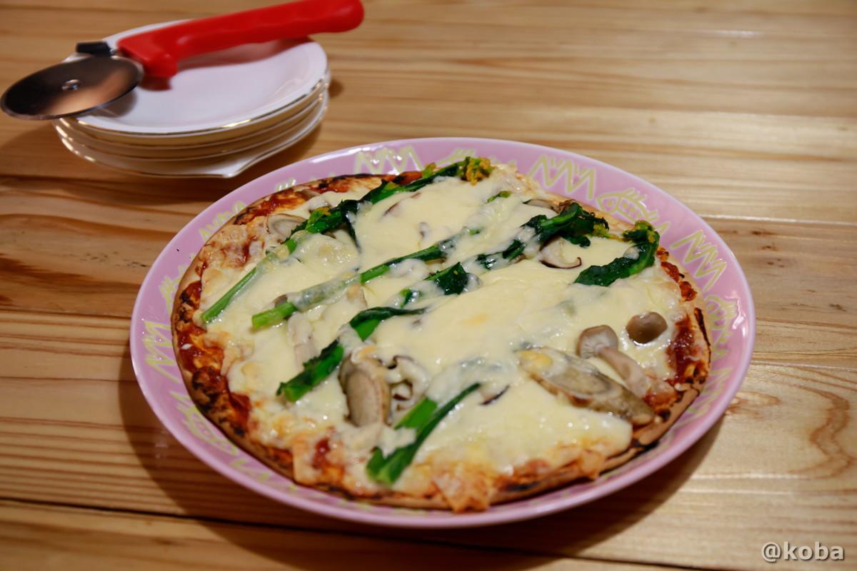 地元野菜ピザの写真 レストラン せせらぎ 星尾温泉 お食事処 群馬県