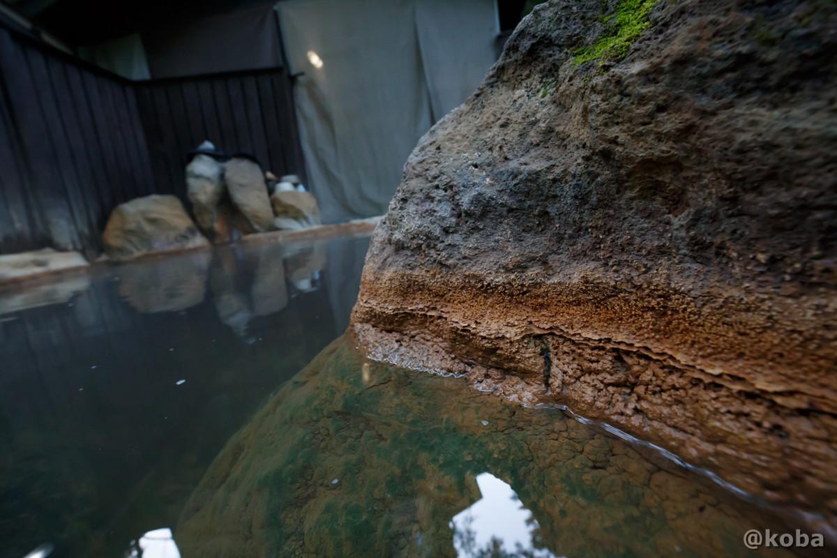 岩風呂の写真|滝沢温泉 滝沢館|日本秘湯を守る会|群馬県