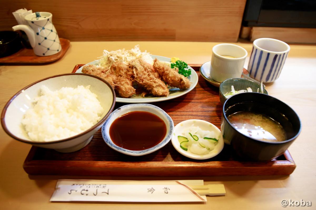 カキフライ定食(フライ,茶碗蒸し,小鉢,香の物,ご飯,味噌汁)の写真|割烹 てつむら|和食ランチ 食事処|東京都葛飾区・新小岩