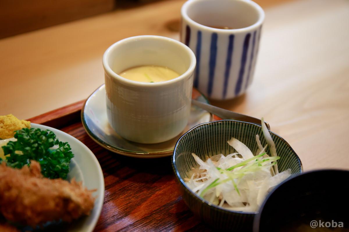 茶碗蒸しと小鉢の写真|割烹 てつむら|和食ランチ 食事処|東京都葛飾区・新小岩