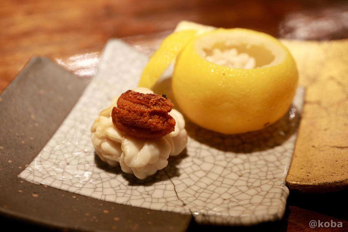 焼き白子 雲丹が乗った白子と柚子の器の写真|福島(ふくしま)和食 海鮮料理|東京都葛飾区・新小岩