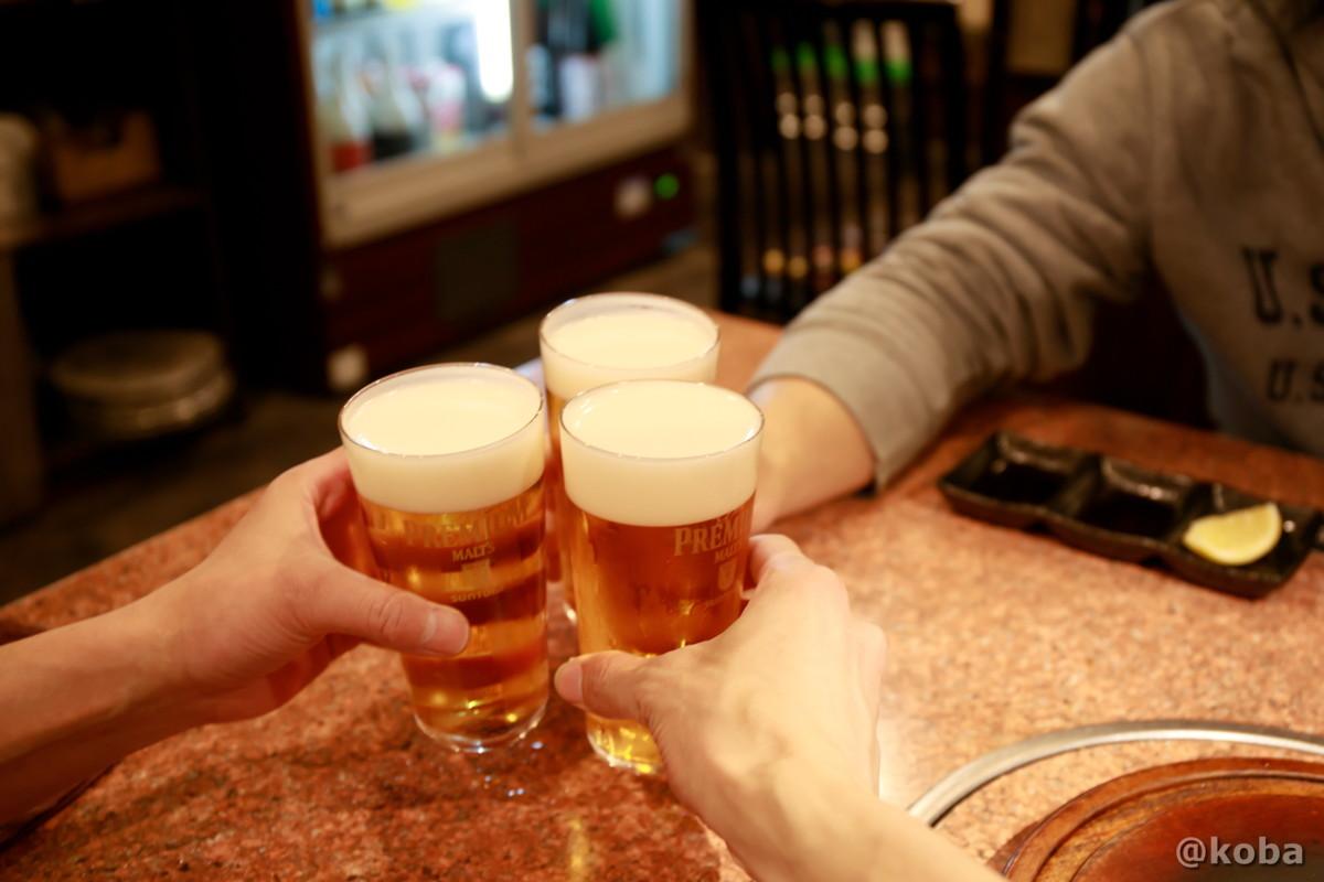 生ビールで乾杯の写真│炭火焼肉 矢つぐ(すみびやきにく やつぐ)│東京都江戸川区・新小岩|こばフォトブログ