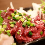 新小岩「肉刺し・串焼き 美味い♪」彩波(いろは)