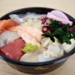 新小岩「海鮮丼・にぎり10貫」玉寿司[テイクアウト]